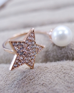 star&pearl ring