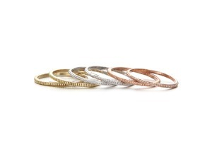 Pinknoodle™ Simple Stripe Thin Ring